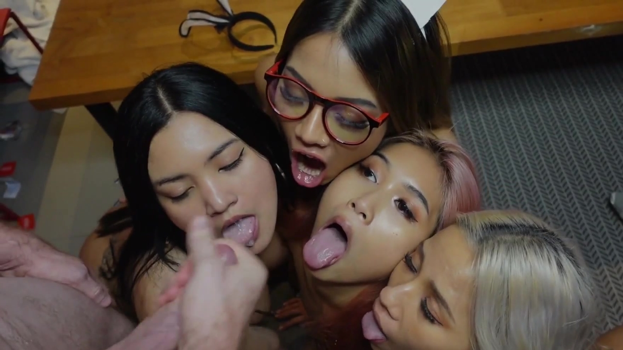 Pokemonfit Orgy with Qleevip, Ninacola3 and Asiankylie  Onlyfans Leak  – Gangbang