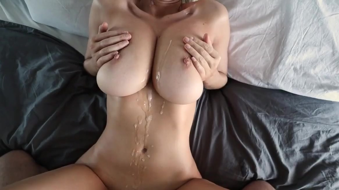 WettMelons has Big Orgasm and Gets Covered in Cum – Blowjob